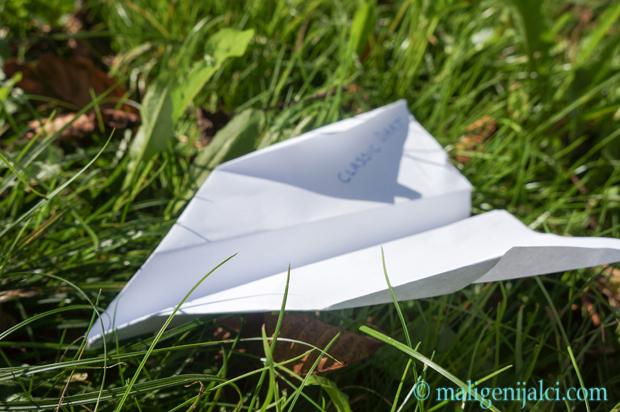 Avion od papira: classic dart