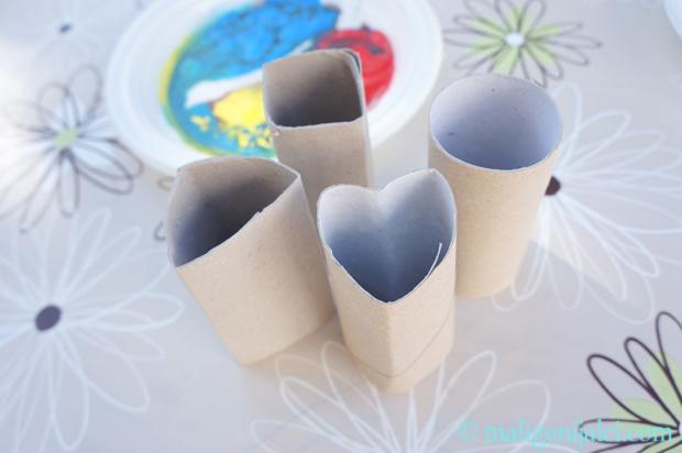 Pečati napravljeni od rola wc papira